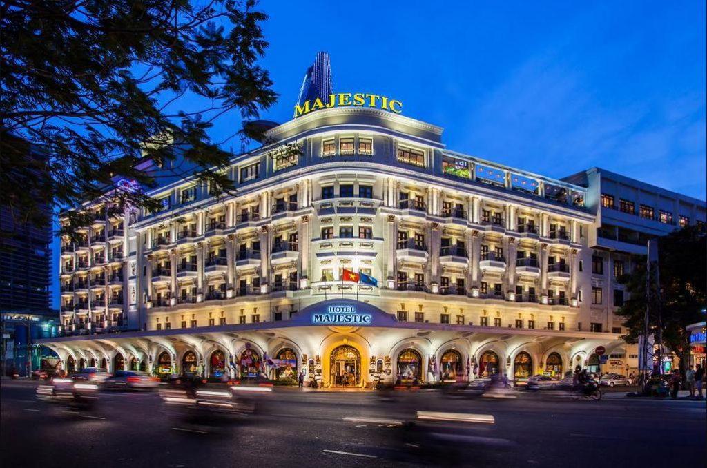 khách sạn 5 sao sài gòn Majestic