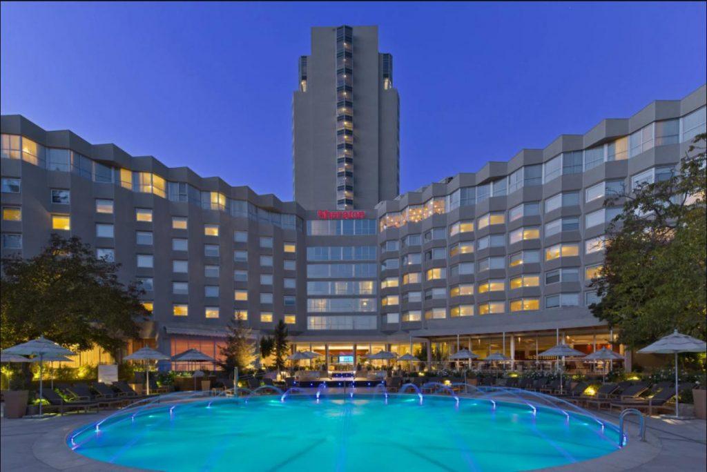 sảnh khách sạn 5 sao Sheraton